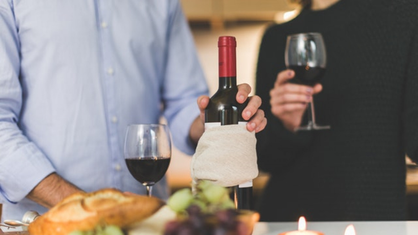Impress Your Guests With a Personalized Wine Tasting